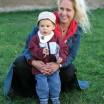 Junge Frau mit Sohn 1